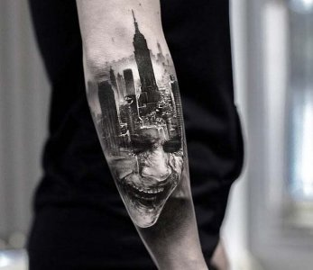 artist--adrian-lindell--the-joker-tattoo_18209204150.jpg